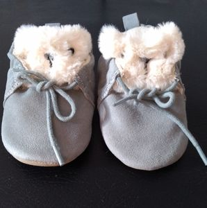 New condition H&M moccasins